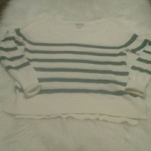 Woman's size M  lucky brand sweater $ 25.00 # 1375